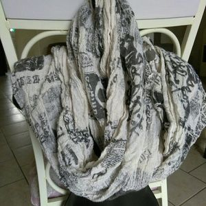 Guess unisex scarf